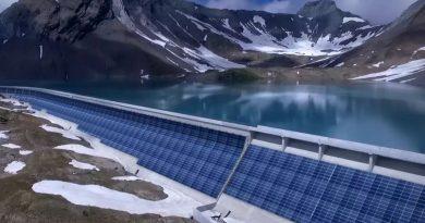 Sulla diga del Muttsee il più grande impianto fotovoltaico svizzero