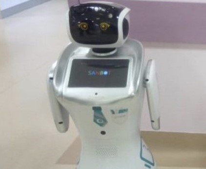 Robot in aiuto all'ospedale di Varese nella lotta al Covid-19